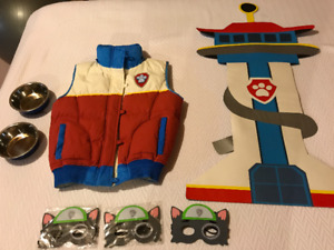 Paw Patrol Party Gear (Ryder's Vest, Lookout Tower, 3 Masks)