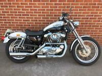 Harley-Davidson XL1200C Custom