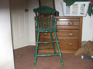 ANTIQUE CHILDRENS HIGH CHAIR FOR SALE,,