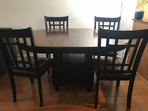 DINING TABLE SET- Good Condition-Less than 3 years old