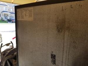 Kitchen aid Gas  range and Kenmore  fridege