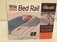 The Shrunks Inflatable Bed Rail with Small Foot Pump
