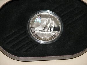 2000 Bluenose Coin – Canadian