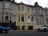 Large Double Room in Quiet, Clean and Happy House