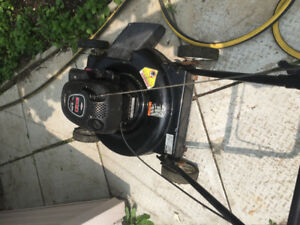 Briggs&stratton lawmower for sale