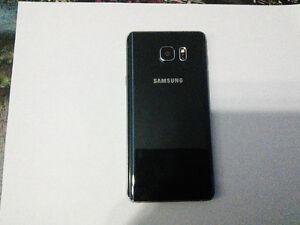 Samsung Galaxy Note 5 32 Go déverrouillé avec étui Saguenay Saguenay-Lac-Saint-Jean image 3