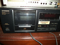 Pioneer 25 CD compact disc player