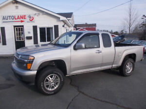 2011 Chevrolet Colorado Extended Cab 4x4  4 cylinder 5 speed