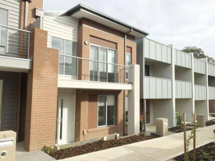 7 Weinberg Walk Heidelberg Heights VIC 3081 (Month to Month)