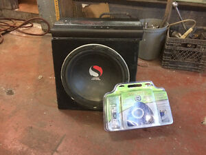 Subwoofers with amplifier and wiring kit