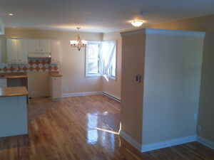 POINTE CLAIRE , 3 bedroom, renovared, clean West Island Greater Montréal image 3