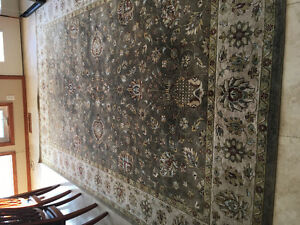 Large area rug deep discount!!!