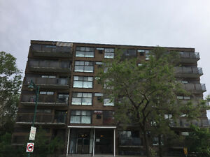 Grand 3 1/2 Ville Mont-Royal -Spacious 3 1/2 Town of Mount Royal