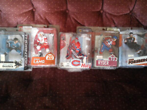 NEW COLLECTORS NHL  DEBUT ACTION FIGURES