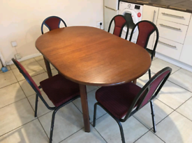 Dining table with dining chairs x 5