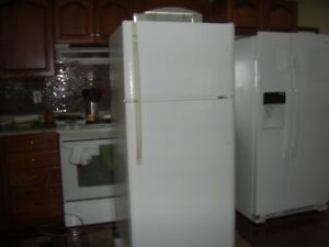 fridge for sale 200.00 0r best offer in amherst ns