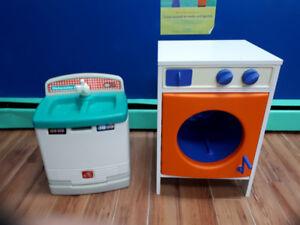 Laveuse à linge et à vaisselle ( jouet)