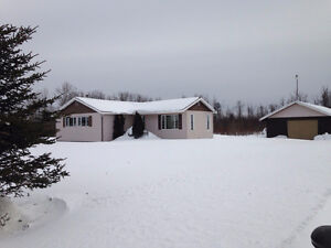 Country Home for sale in Cochrane, ON - $130,000