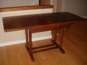 Antique English Table and Chairs North Shore Greater Vancouver Area image 2