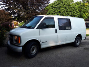 2001 Chevrolet Express Van Great Condition