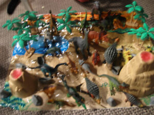 Large lot of dinosaurs