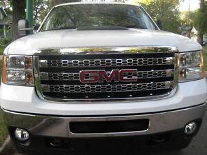 2013 GMC Sierra 2500HD SLT Z71 Pickup Truck