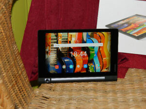 Lenovo Yoga Tab 3 8 pouces (YT3-850F)Système	Android 6.0.1 Proce