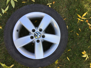 VW Jetta 2011-2016 OEM Mags with 205/55/16 Winter Tires