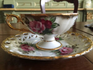 Japan Mother of Pearl Tea Cup Set Saucer Royal Floral in Kitchen