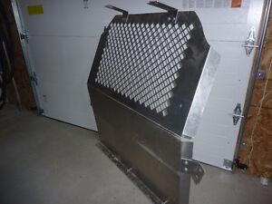 Grille de sécurité pour camionnette