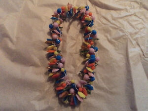 Beautiful Vintage Clustered Plastic Necklace from Hong Kong