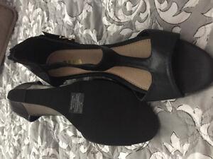 Women's size 9 shoes