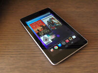ASUS NEXUS 7 TABLET WITH 32 GB OF MEMORY AND CHARGER