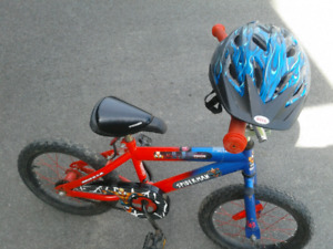 Boy's Spiderman bike with helmet (age 4 to 7)
