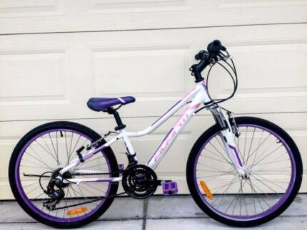 Girls Avanti Bicycle