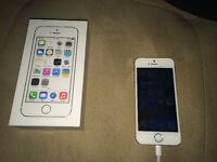 iphone 5s 16gb Gold good condition!