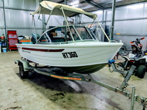 Quintrex fishing boat with yamaha engine