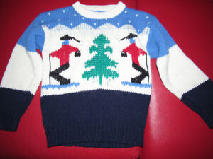 Boy's 4-6 Year Christmas Design Sweater Very New  K8#