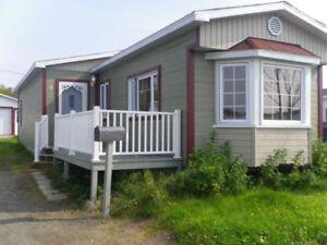 Superbe maison mobile au Parc Ferland à louer 900$ par mois