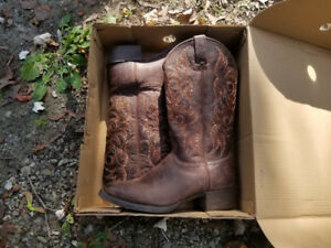Mens Authentic Justin Cowboy Boots