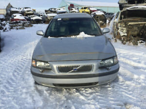 2002 VOLVO V70 T5 2.3T FOR PARTS