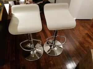 2 Beautiful White Bar Stools