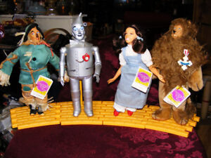 4 Wizard of Oz Collector Dolls - 1987