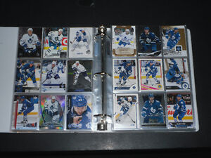 TORONTO MAPLE LEAFS 428 Different Hockey Cards In Sheets Binder
