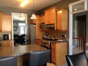3 Bedroom One Floor Accessible Condo Comfree 721958 London Ontario image 3
