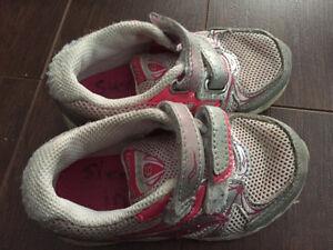 Toddler Girls Shoes - Sizes 7.5 to 10, $4 each Oakville / Halton Region Toronto (GTA) image 4