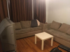 Summer sublet available: 4 bedroom house near DAL/SMU campuses