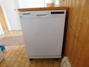 24-inch Portable Dishwasher with Stainless Steel Tub in White GE
