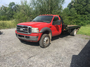 2003 Ford F-550 Autre