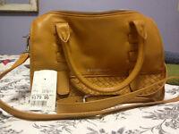 BRAND NEW Designer Purse / Shoulder Bag by B Makowsky